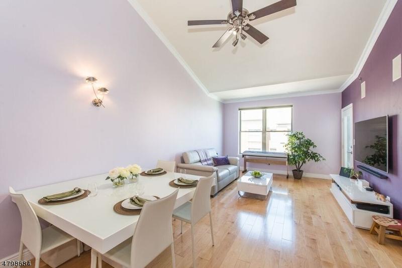 Кондо / дом для того Продажа на 26 AVE AT PORT IMPERIAL West New York, Нью-Джерси 07093 Соединенные Штаты