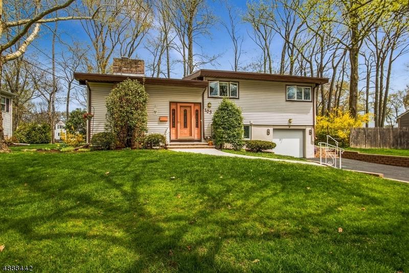 Villa per Vendita alle ore 103 N GLENWOOD Road Fanwood, New Jersey 07023 Stati Uniti