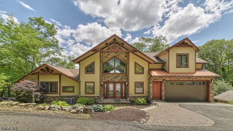 single family homes per Vendita alle ore Bloomingdale, New Jersey 07403 Stati Uniti