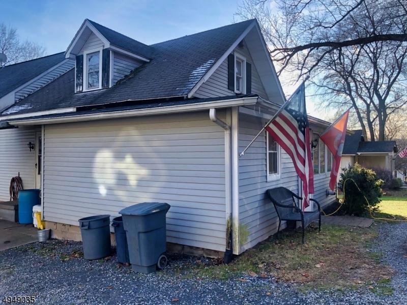 Property 为 销售 在 米尔福德, 新泽西州 08848 美国