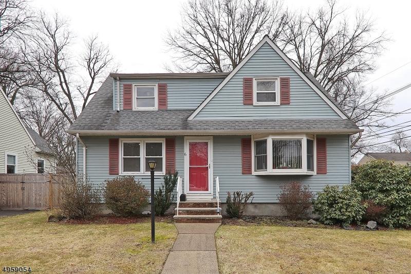 Property для того Продажа на Fanwood, Нью-Джерси 07023 Соединенные Штаты