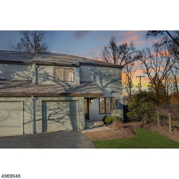 Condominio / Townhouse per Vendita alle ore Roseland, New Jersey 07068 Stati Uniti