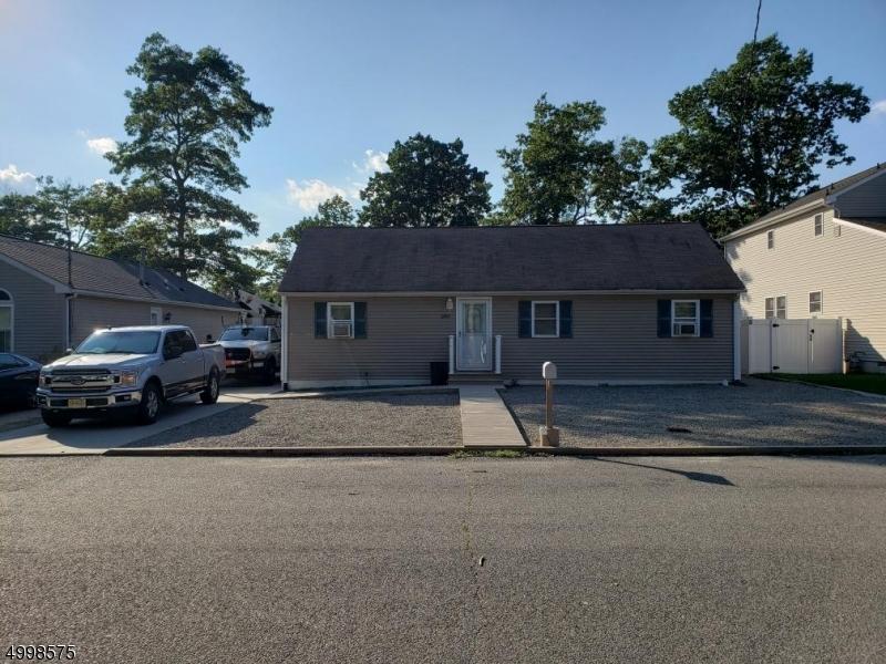 Single Family Homes para Venda às Lacey, Nova Jersey 08731 Estados Unidos