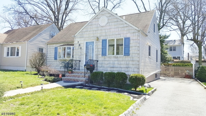 Additional photo for property listing at 380 Plainfield Avenue  Rahway, Nueva Jersey 07065 Estados Unidos