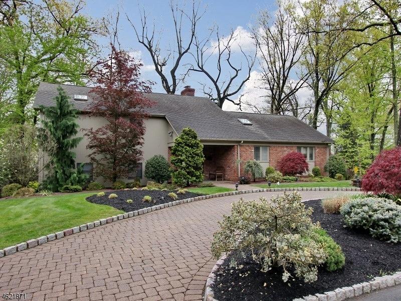 独户住宅 为 销售 在 2 Tree Top Drive 斯普林菲尔德, 07081 美国