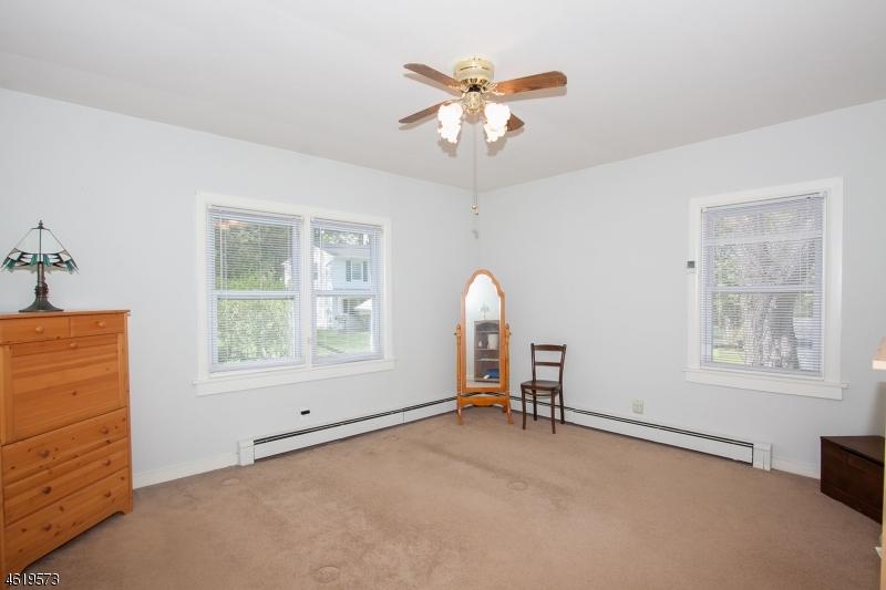 Additional photo for property listing at 8 Marre Drive  Randolph, Нью-Джерси 07869 Соединенные Штаты