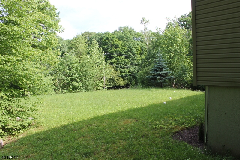 Additional photo for property listing at 19 Oak Ridge Road  Montague, New Jersey 07827 États-Unis