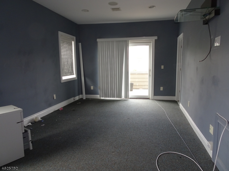 Additional photo for property listing at 1871 Vauxhall Road  Union, New Jersey 07083 United States