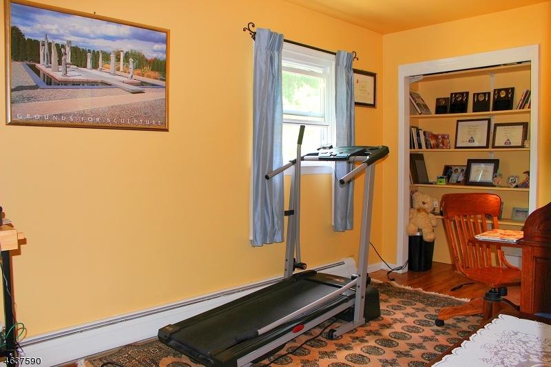 Additional photo for property listing at 31 Courtland Drive  Sussex, Нью-Джерси 07461 Соединенные Штаты