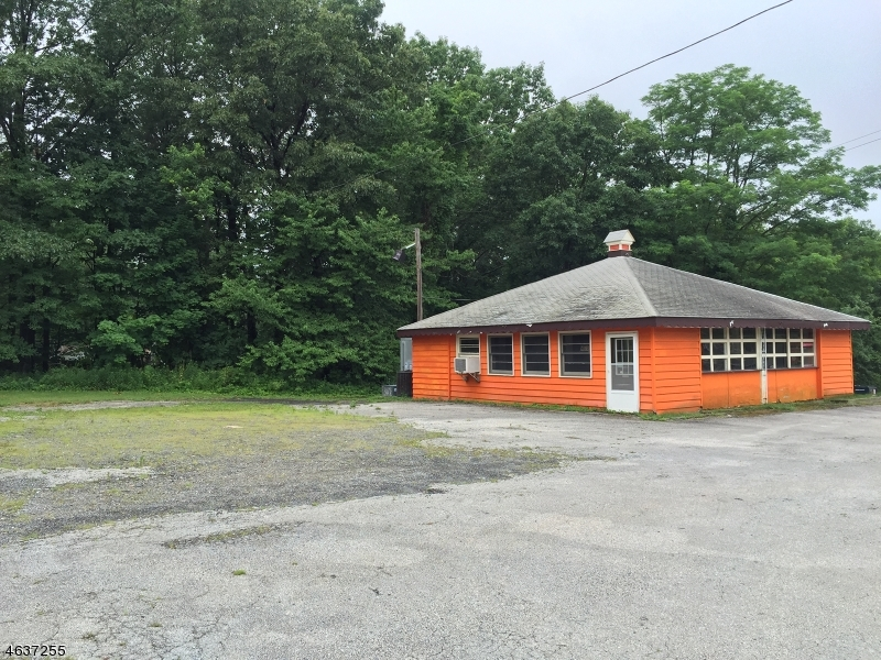 Additional photo for property listing at 407 US Highway 206 S  Branchville, 新泽西州 07826 美国