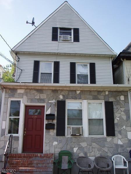 多户住宅 为 销售 在 730 W Front Street 平原镇, 新泽西州 07060 美国