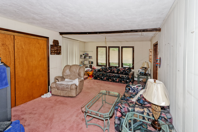 Additional photo for property listing at 9 Village Place  Oak Ridge, New Jersey 07438 United States