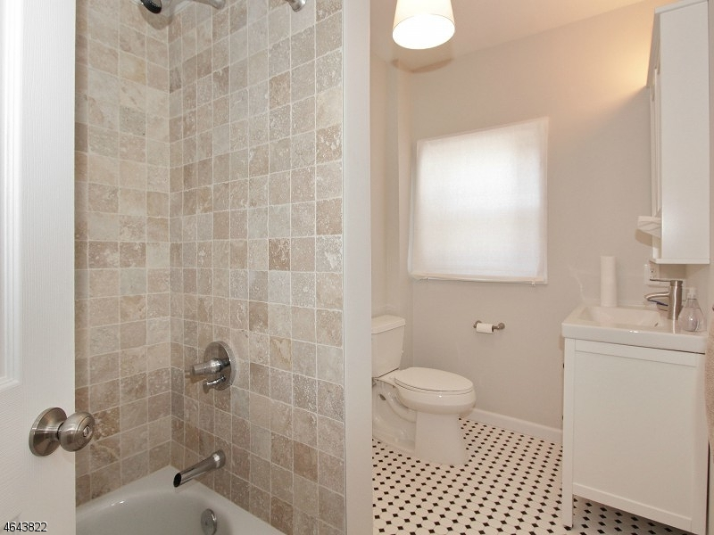 Additional photo for property listing at 24A Kent Place Blvd  Summit, Нью-Джерси 07901 Соединенные Штаты