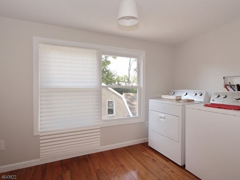 Additional photo for property listing at 24A Kent Place Blvd  Summit, Nueva Jersey 07901 Estados Unidos
