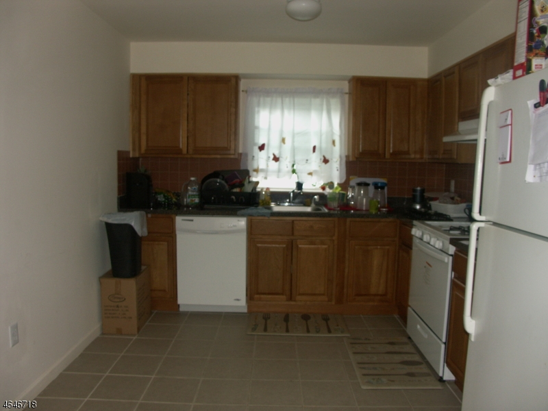 Additional photo for property listing at 17 WILLOUGHBY Street  Newark, New Jersey 07112 États-Unis