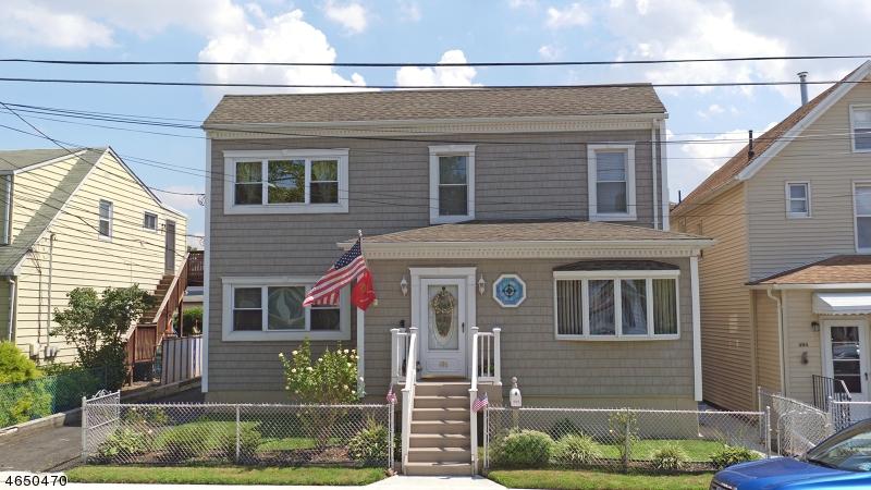 Частный односемейный дом для того Продажа на 496 Hickory Street Kearny, 07032 Соединенные Штаты