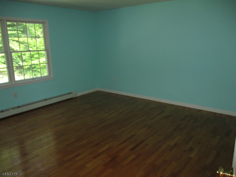 Additional photo for property listing at 29 Crescent Drive  Ringwood, New Jersey 07456 United States