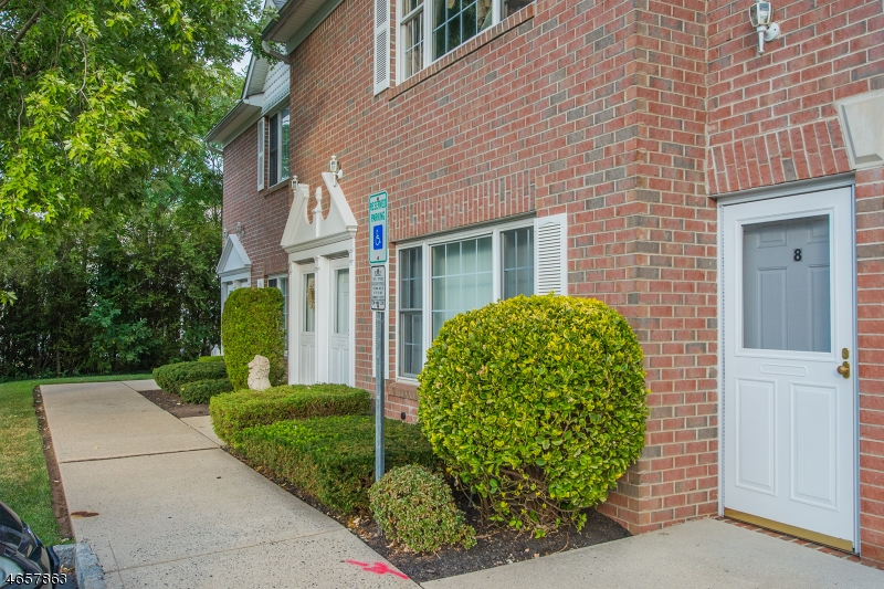 Additional photo for property listing at 1178 Lake Ave, UNIT 8  Clark, New Jersey 07066 United States