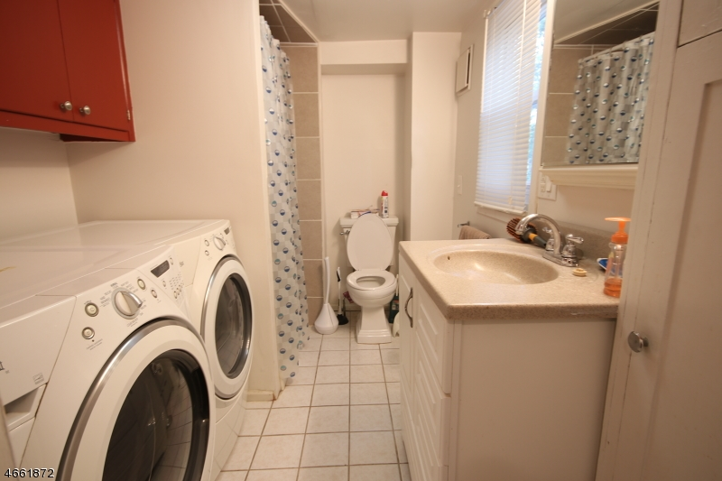 Additional photo for property listing at 151 S 17th Avenue  Manville, New Jersey 08835 États-Unis