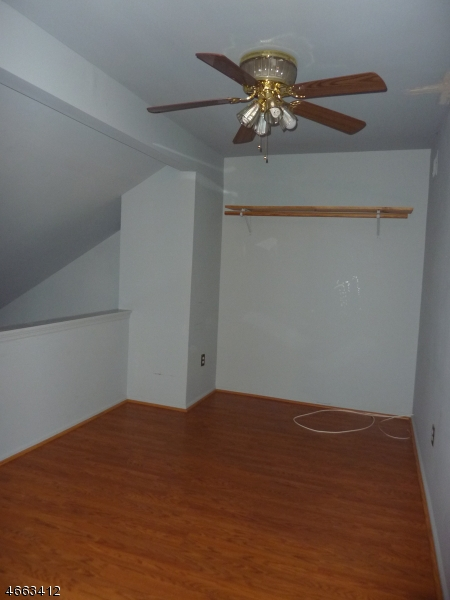 Additional photo for property listing at 16316 Dell Place  Stanhope, New Jersey 07874 États-Unis
