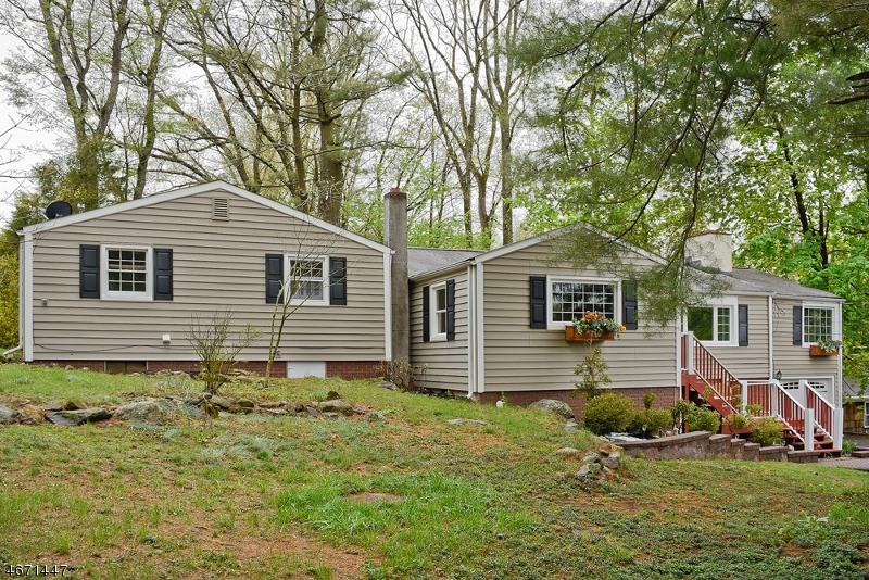 独户住宅 为 出租 在 34 S Shore Trail 斯巴达, 新泽西州 07871 美国