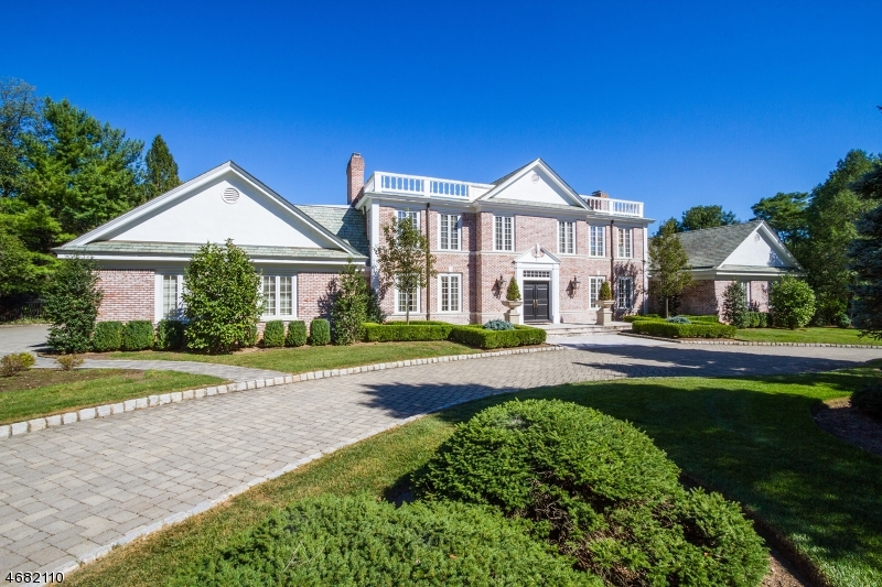 Single Family Home for Sale at 4 High Meadow Rd N Saddle River, New Jersey 07458 United States