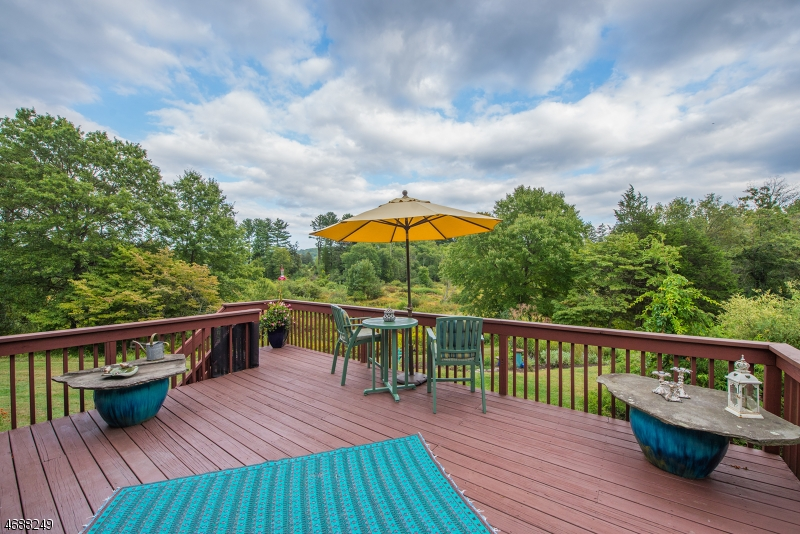 Single Family Home for Sale at 439 Rockaway Valley Road Boonton, 07005 United States