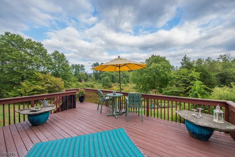 独户住宅 为 销售 在 439 Rockaway Valley Road Boonton, 07005 美国