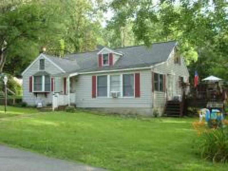 Single Family Home for Rent at 7 Butler Lane West Milford, New Jersey 07480 United States