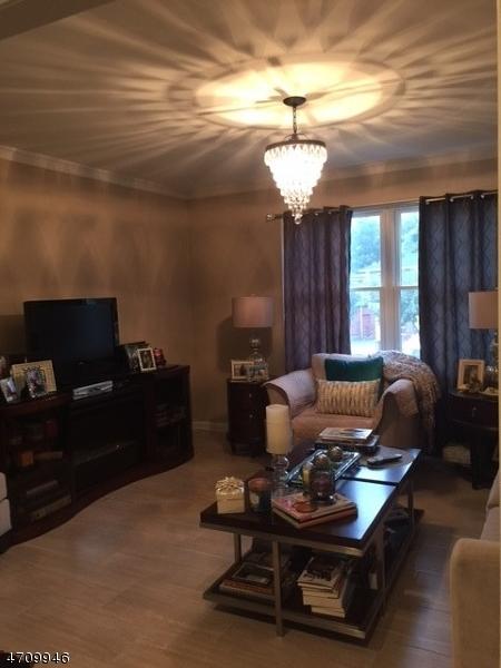 Частный односемейный дом для того Аренда на 180 Turnpike Pequannock, Нью-Джерси 07440 Соединенные Штаты