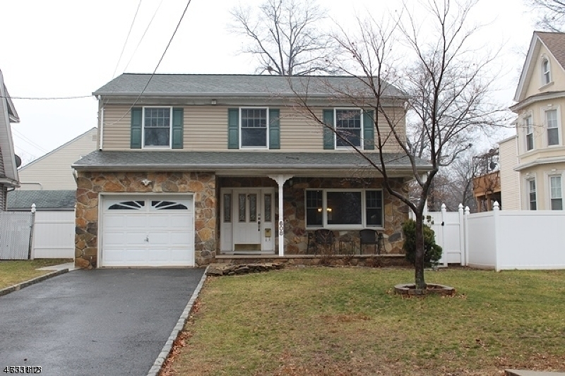 Single Family Home for Rent at 608 Walnut Street Roselle Park, New Jersey 07204 United States