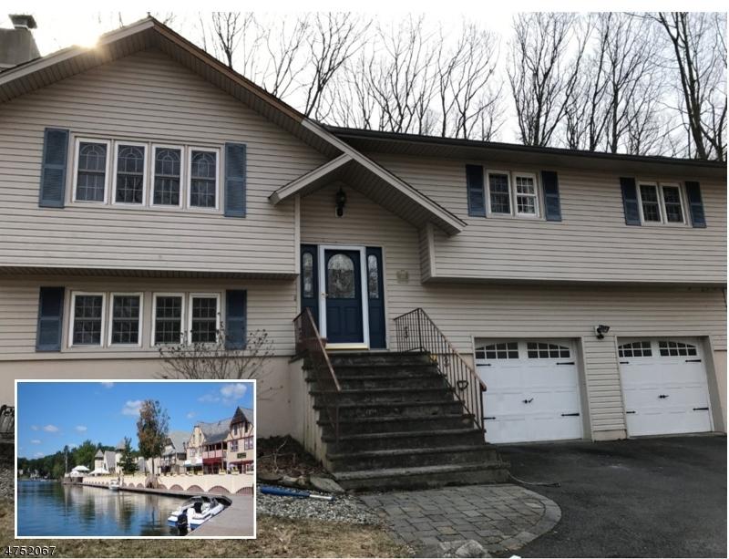Maison unifamiliale pour l Vente à 185 Glenside Trail Byram Township, New Jersey 07871 États-Unis