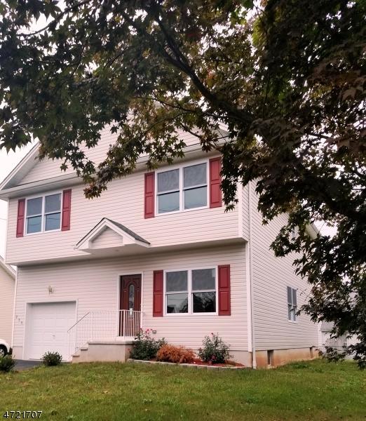 Casa Unifamiliar por un Venta en 235 South 18th Avenue Manville, Nueva Jersey 08835 Estados Unidos