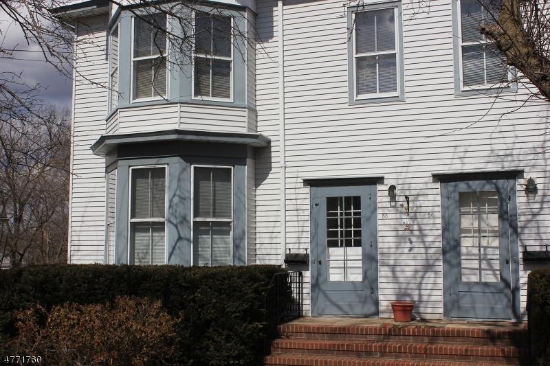 Maison unifamiliale pour l à louer à 58 W Cliff Somerville, New Jersey 08876 États-Unis
