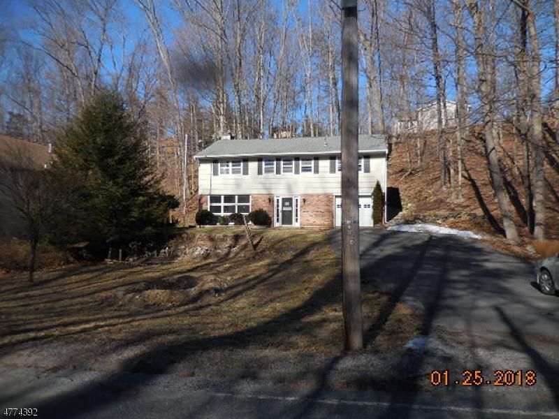 Частный односемейный дом для того Продажа на 935 Ridge Road Stillwater, Нью-Джерси 07860 Соединенные Штаты