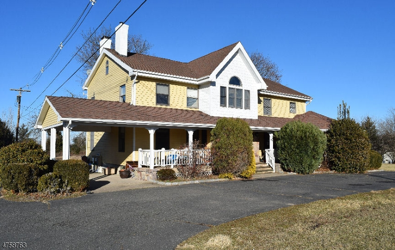 独户住宅 为 出租 在 127 Voorhees Corner Road Raritan, 新泽西州 08822 美国
