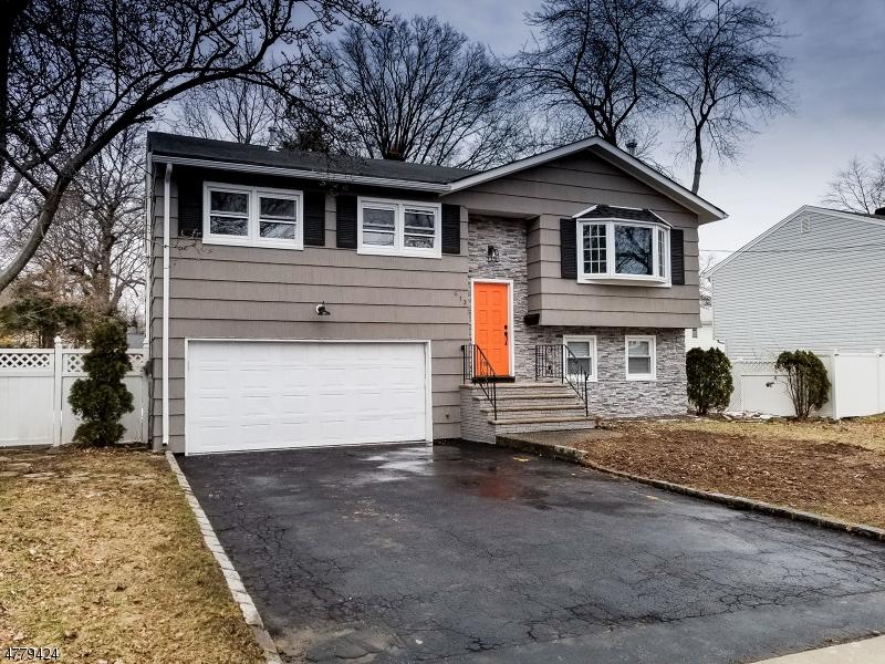 Casa Unifamiliar por un Venta en 413 Dietz Street Roselle, Nueva Jersey 07203 Estados Unidos