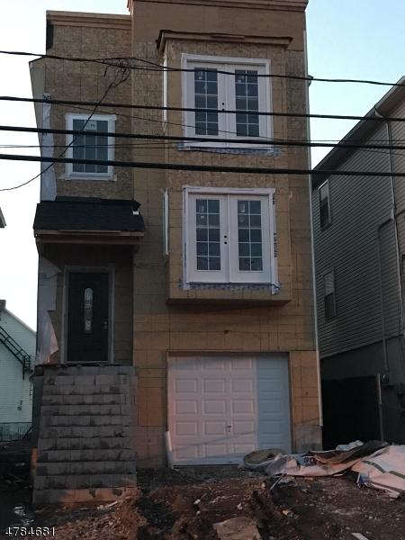 Vivienda multifamiliar por un Venta en 19 Butler Street Elizabeth, Nueva Jersey 07206 Estados Unidos