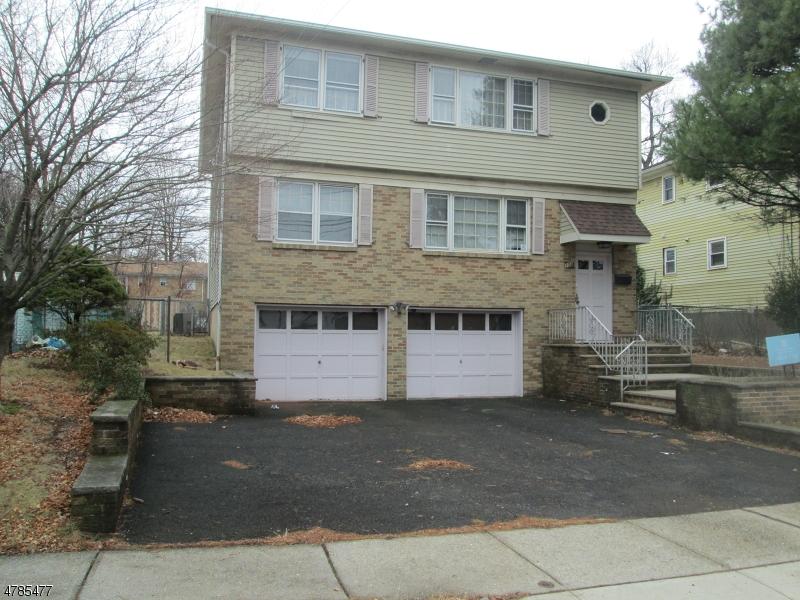 Многосемейный дом для того Продажа на 108 E 4TH AVENUE Roselle, Нью-Джерси 07203 Соединенные Штаты