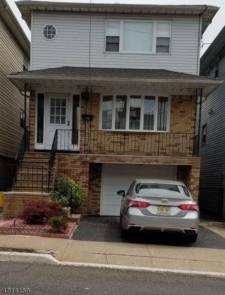Maison avec plusieurs logements pour l Vente à 205 SUSSEX Street Harrison, New Jersey 07029 États-Unis
