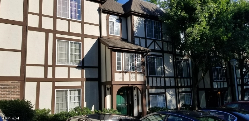Condo / Townhouse for Rent at 97 VILLAGE Drive Morris Township, New Jersey 07960 United States