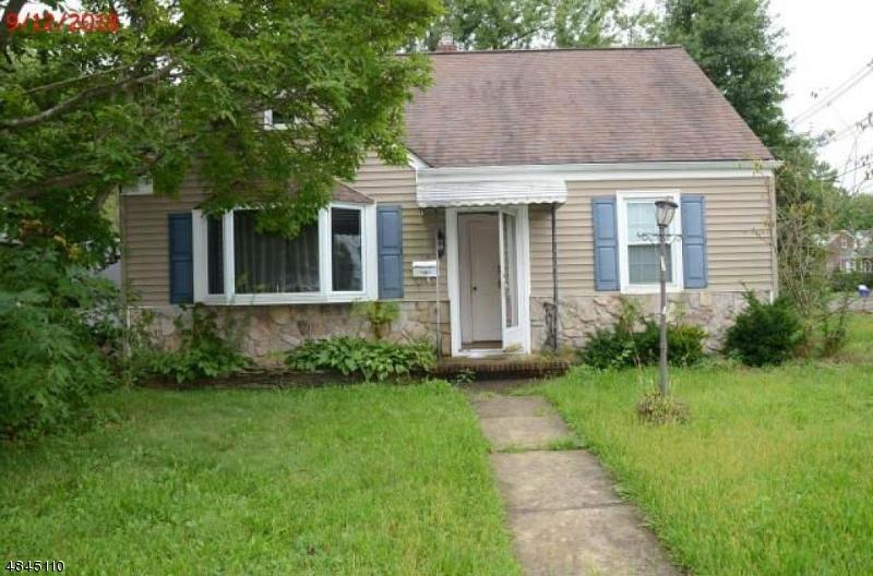 Property pour l Vente à 26 PUTNAM Street Somerville, New Jersey 08876 États-Unis