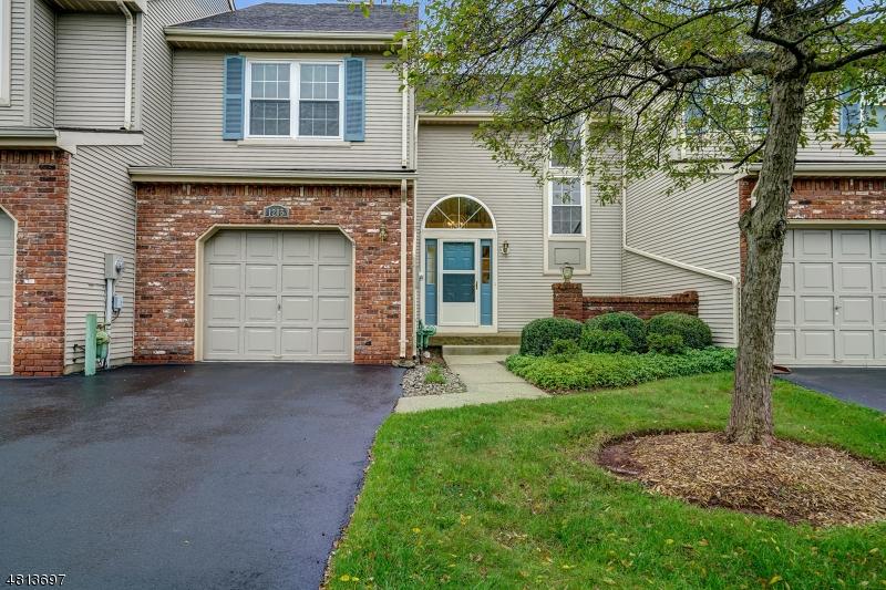 콘도 / 타운 하우스 용 매매 에 1205 PINHORN Drive Bridgewater, 뉴저지 08807 미국