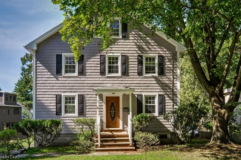 Maison unifamiliale pour l à louer à 90 HOBART Avenue Millburn, New Jersey 07078 États-Unis