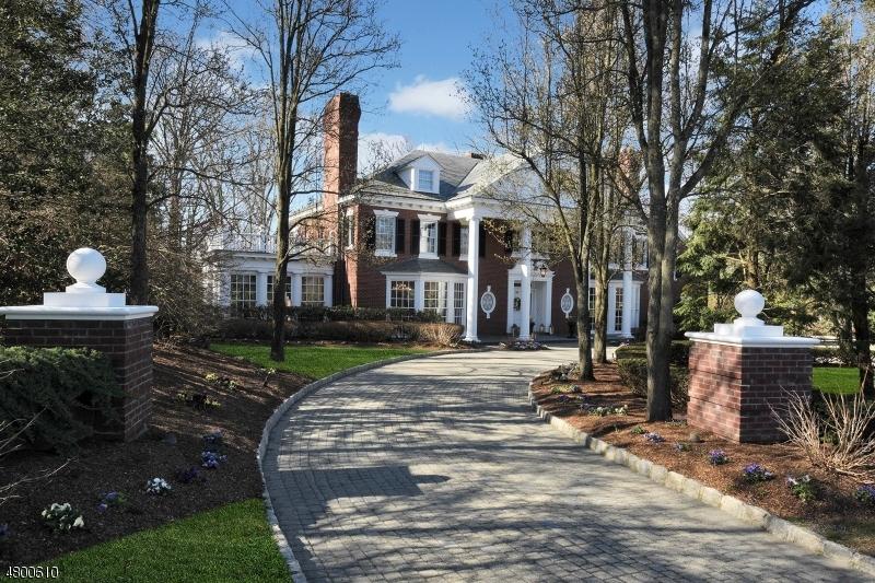 Einfamilienhaus für Verkauf beim 750 APPLE RIDGE Road Franklin Lakes, New Jersey 07417 Vereinigte Staaten