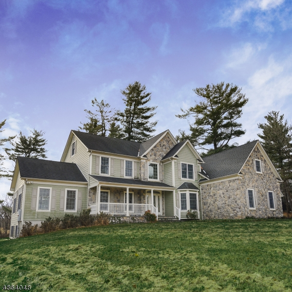Single Family Home for Sale at 11 GEPHARDT FARM Road Union, New Jersey 08867 United States