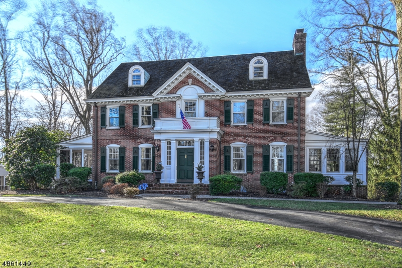 Single Family Home for Sale at 28 SPRING BROOK RD 28 SPRING BROOK RD Morris Township, New Jersey 07960 United States