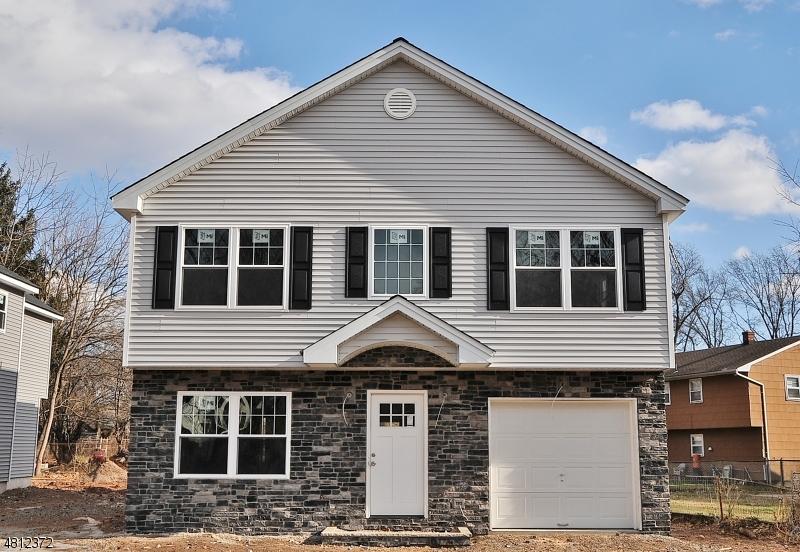 Maison unifamiliale pour l Vente à 1829 Brady Court Rahway, New Jersey 07065 États-Unis