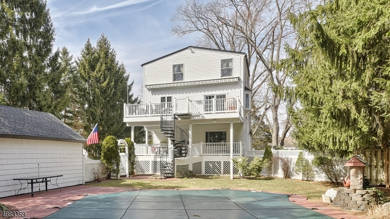 Multi-Family Homes for Sale at Lincoln Park, New Jersey 07035 United States