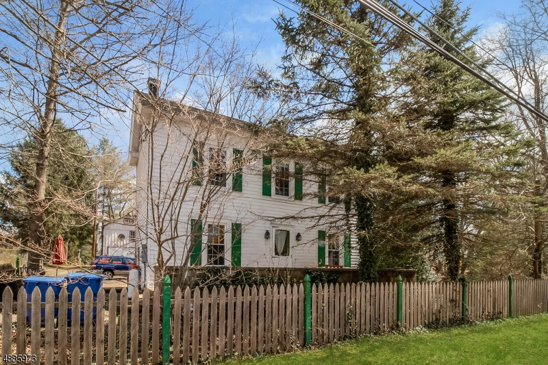 Single Family Home for Sale at Frenchtown, New Jersey 08825 United States